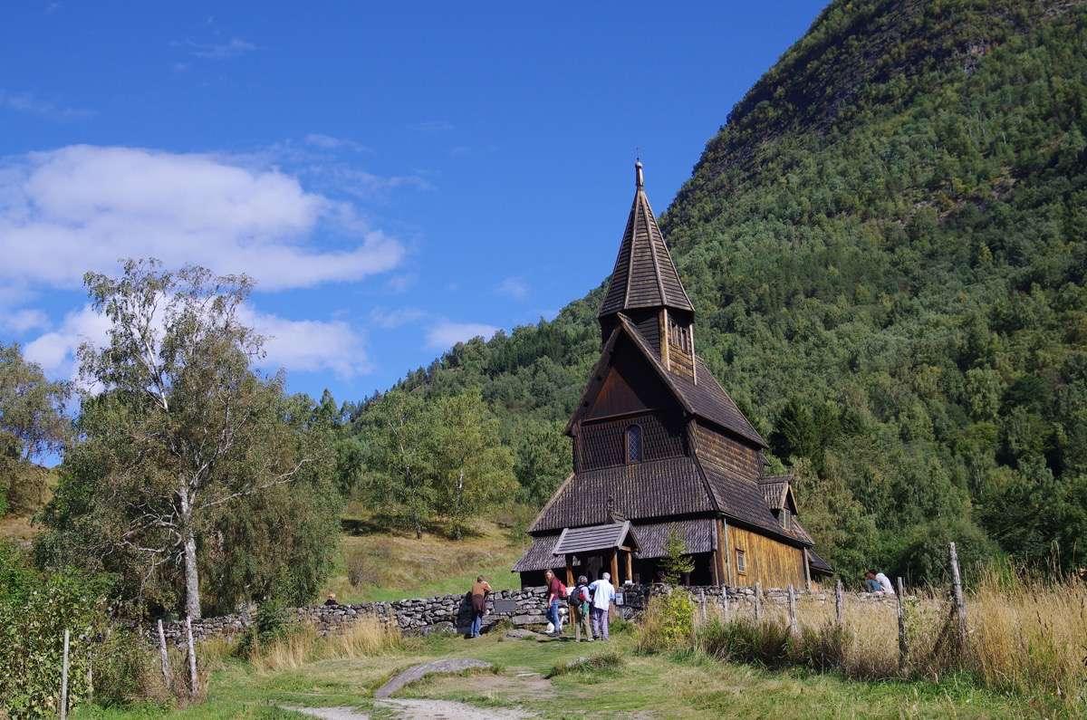 iglesia-de-madera-de-urnes
