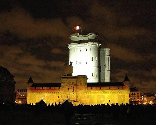 Vista de noche castillo vincennes
