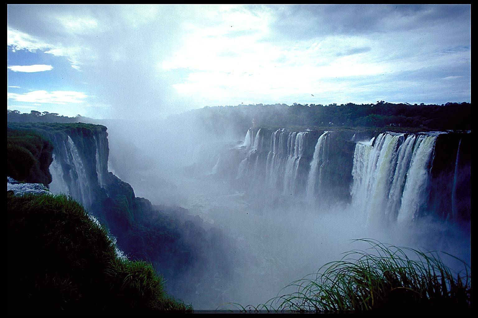 Cataratas de Iguazú espectacular foto