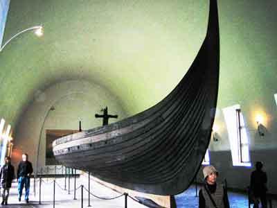 vikingshipmuseum.jpg