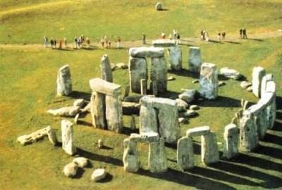 u14407-stonehenge_ficaha_basico4.jpg