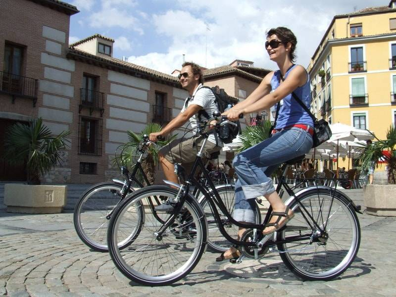 andar-en-bicicleta-en-madrid