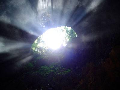 gruta-del-lago-azul1