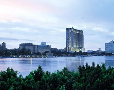 Four-Seasons-Cairo-at-Nile-Plaza