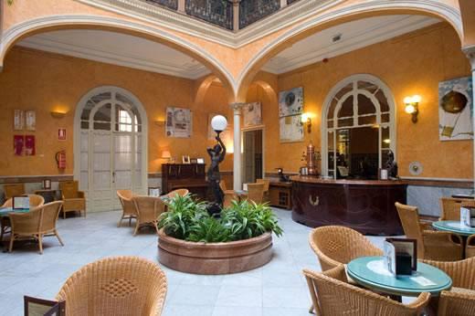 Buscando hoteles en Sevilla 1