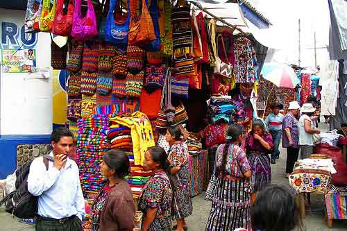 El mercado de Chichicastenango en Guatemala 1