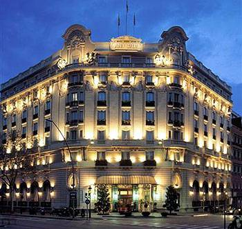Vuelve el esplendor del Hotel Palace de Barcelona 1