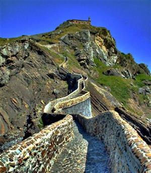 San Juan de Gaztelugatxe, en la costa de Vizcaya 2
