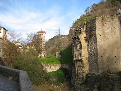 El Paseo de los Tristes, en Granada 1