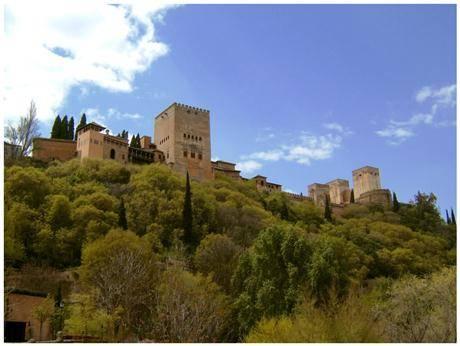 El Paseo de los Tristes, en Granada 3