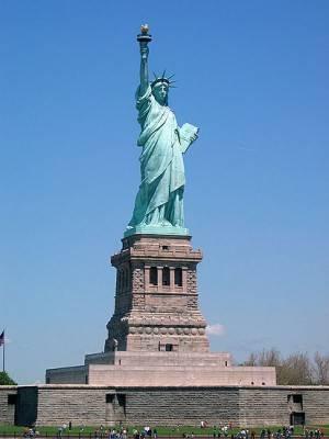 La Estatua de la Libertad cierra 1