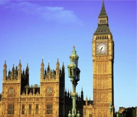 El Big Ben le hará la competencia a la Torre de Pisa 1
