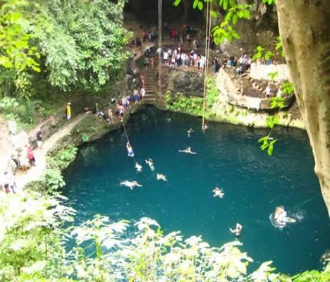 El cenote Zací, un prodigio de la naturaleza 1