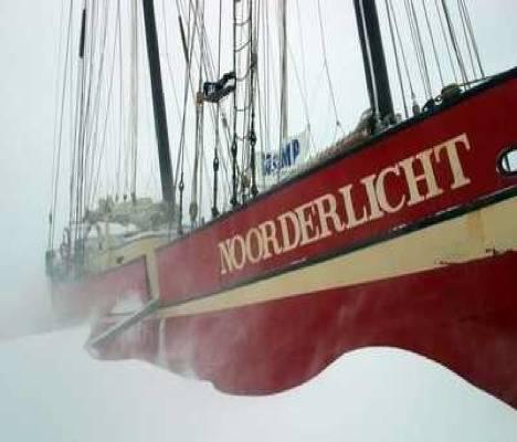 Hotel Noorderlicht, viento en popa a toda vela por el Ártico 1