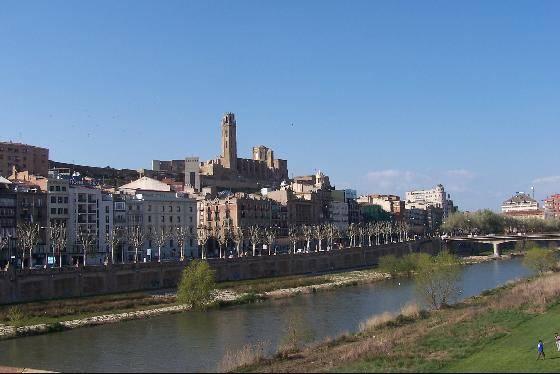 Lleida, ciudad entre nieblas 1