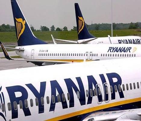 Ryanair podrá seguir cobrando por imprimir la tarjeta de embarque 1