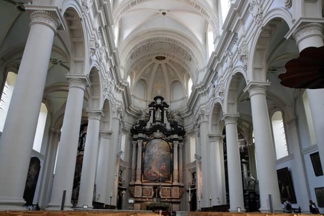 La Iglesia de Nuestra Señora de Brujas 1