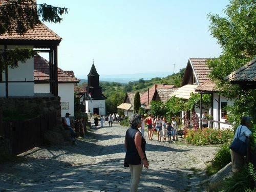 El pueblo de Holloko 1