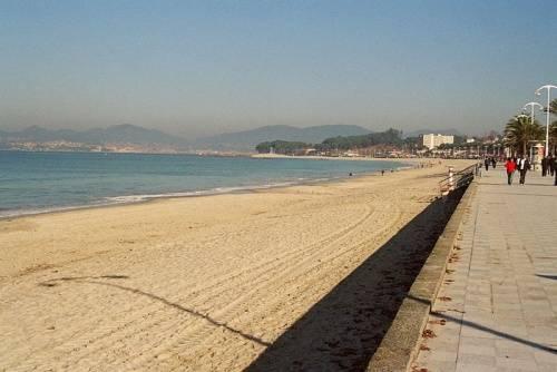 playa de samil en pontevedra galicia