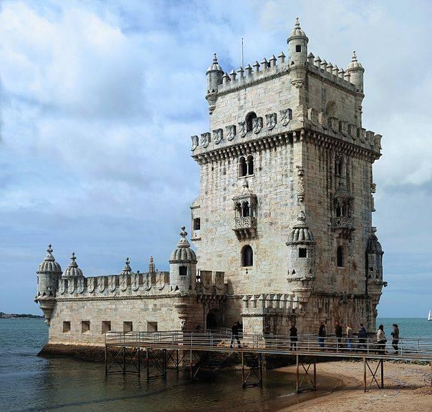 torre de belem en lisboa portugal