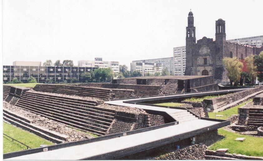 La Plaza de las Tres Culturas 1