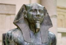 estatua-sedente-de-kefren