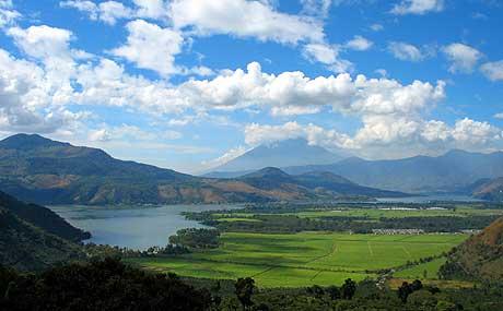 El lago Amatitlán 1