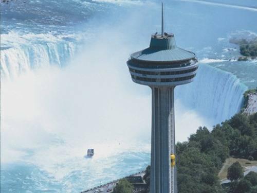 La Torre Skylon 1