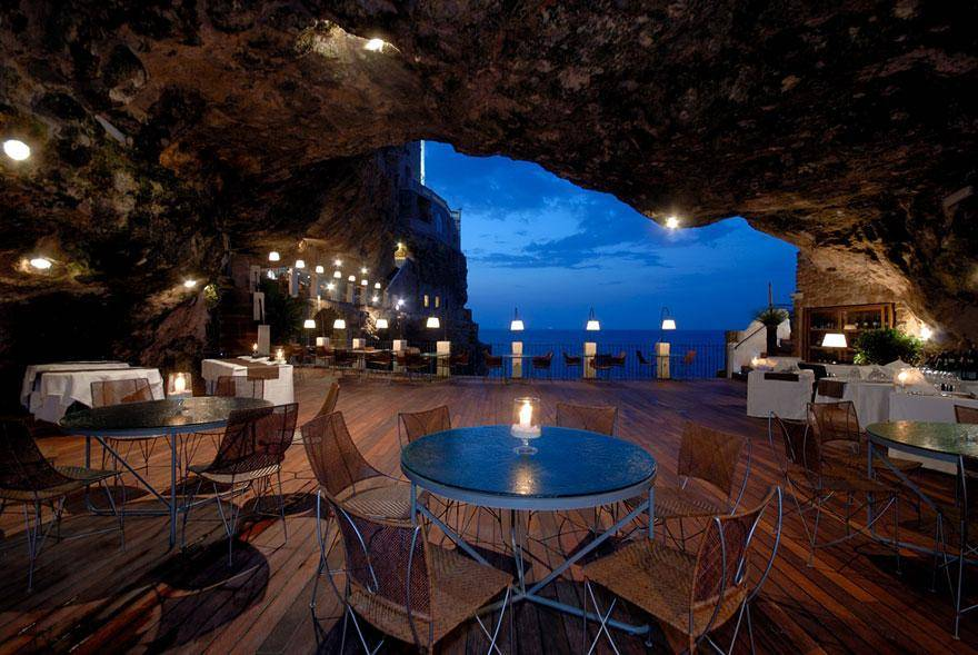 Hotel Ristorante Grotta Palazzese Polignano a Mare, Italy - hoteles increíbles