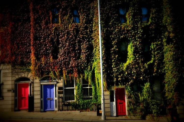 ¿Por qué las puertas son de colores en Dublín? ¡Descúbrelo! 2