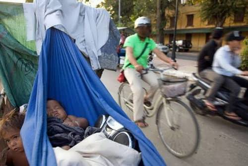 En Camboya, la pobreza se transforma en atractivo turístico 2