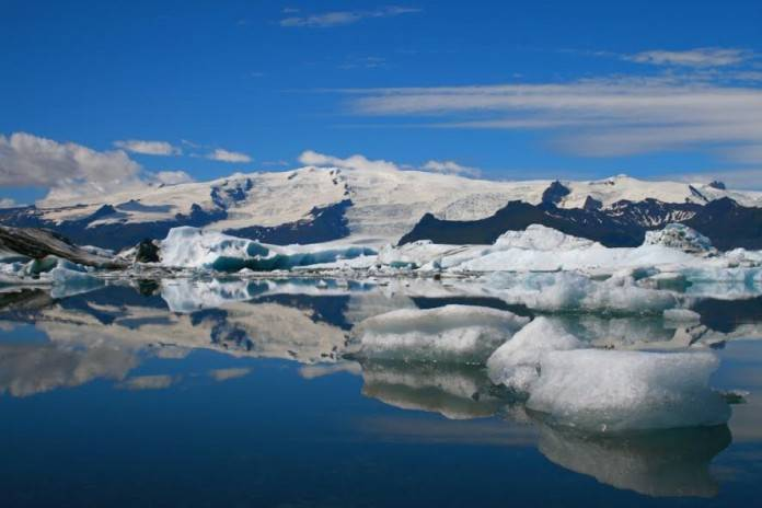 Países listos: Islandia celebra la bienvenida del verano en abril 2