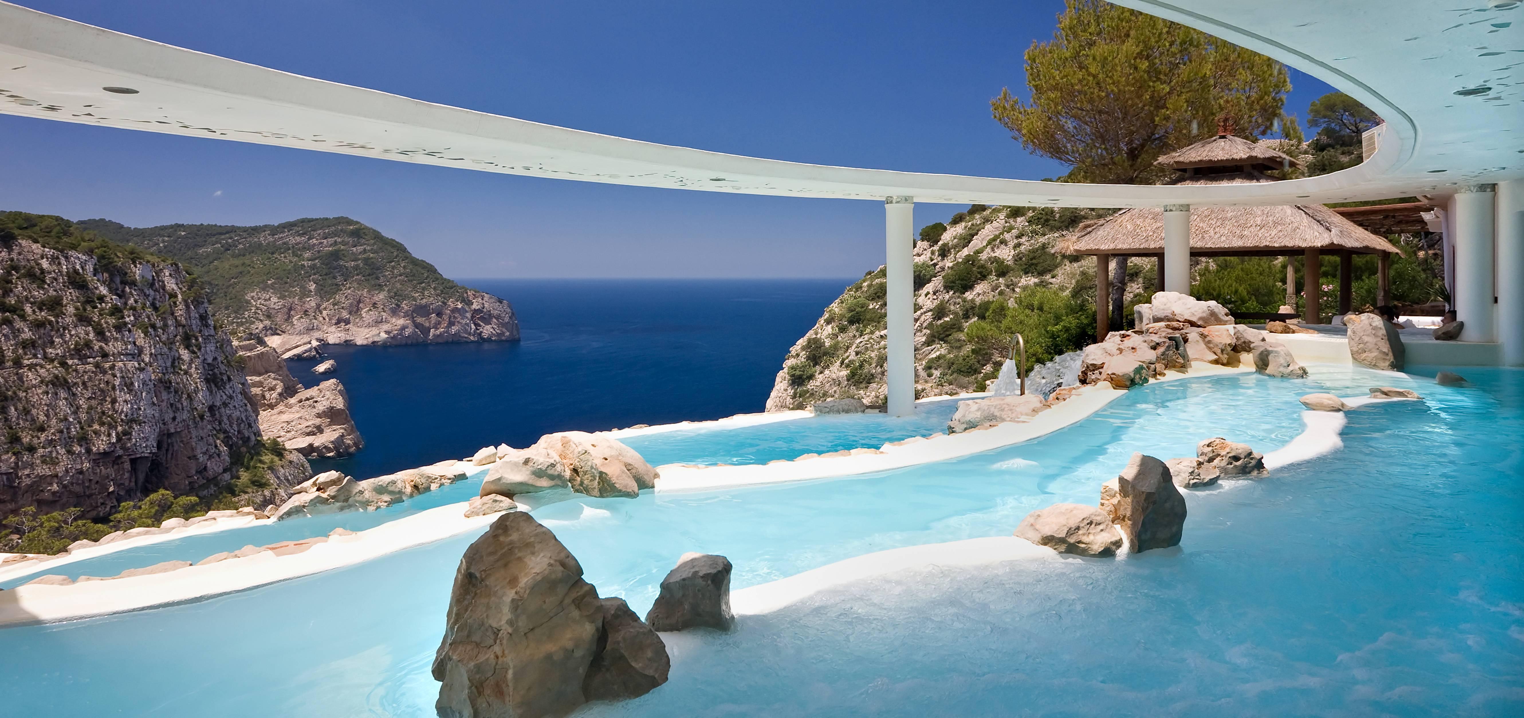 TOP 10 mejores piscinas de España y Portugal
