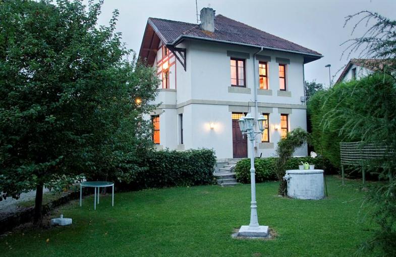 Villa José Luis Cantabria