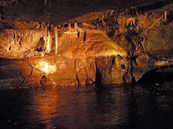 cuevas-marble-arch