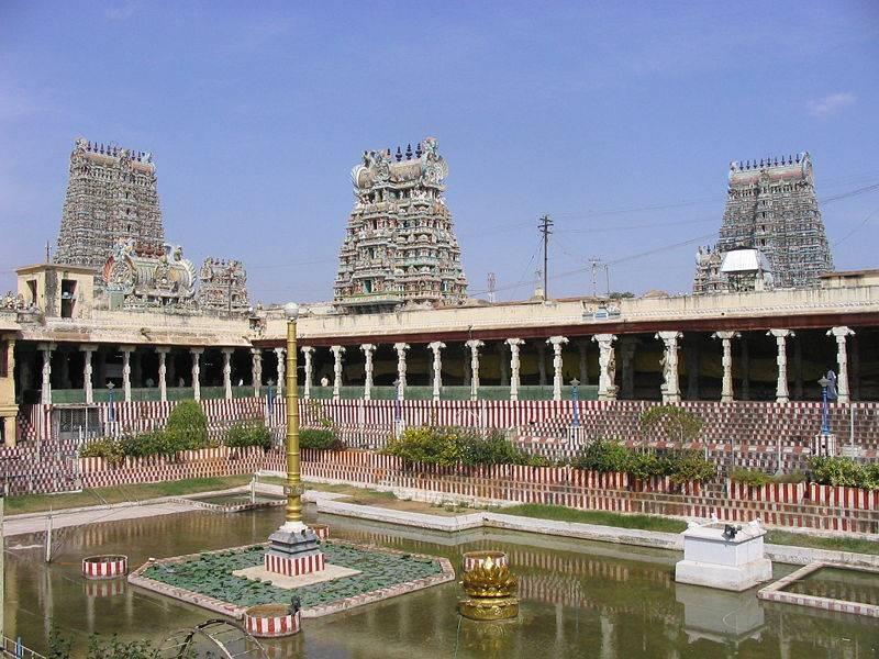 Meenakshi-Amman-Temple-Madurai