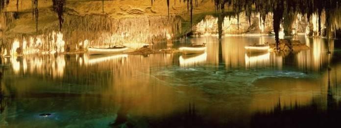 La maravillosa acústica de las Cuevas del Drach 2