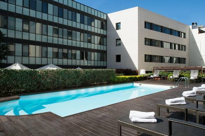 Los mejores hoteles en barcelona para descansar for Barcellona hotel centro economici