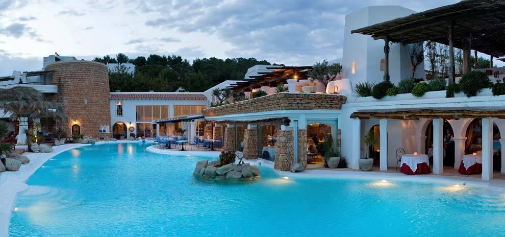 hoteles en Ibiza para pasar las mejores vacaciones