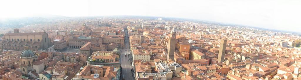 Conoce la bonita ciudad de Bolonia