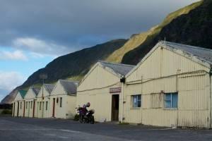 La isla más remota del mundo - Tristán de acuña (Supermercado)
