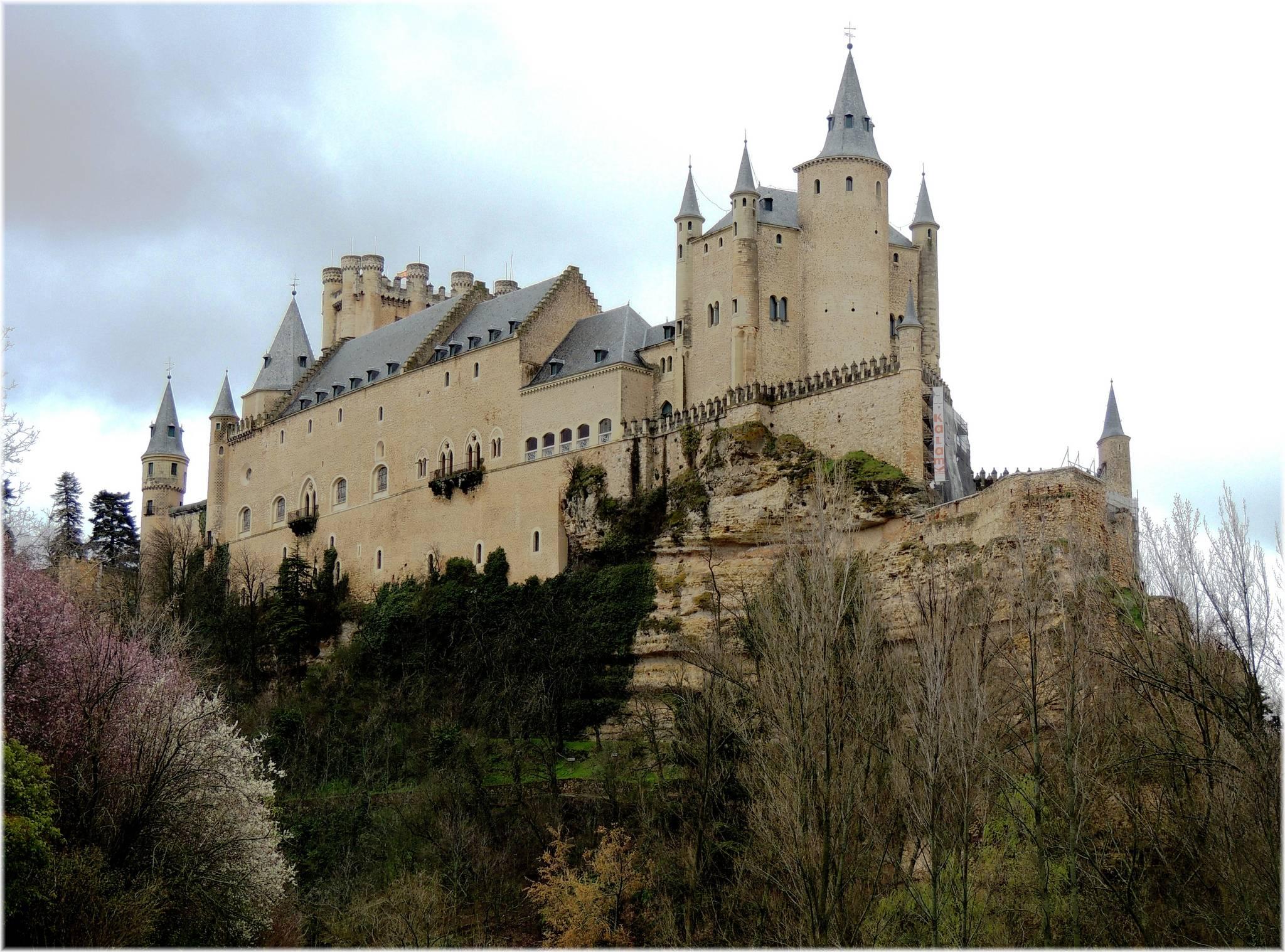 Los 4 castillos más bellos del mundo - Alcázar de Segovia