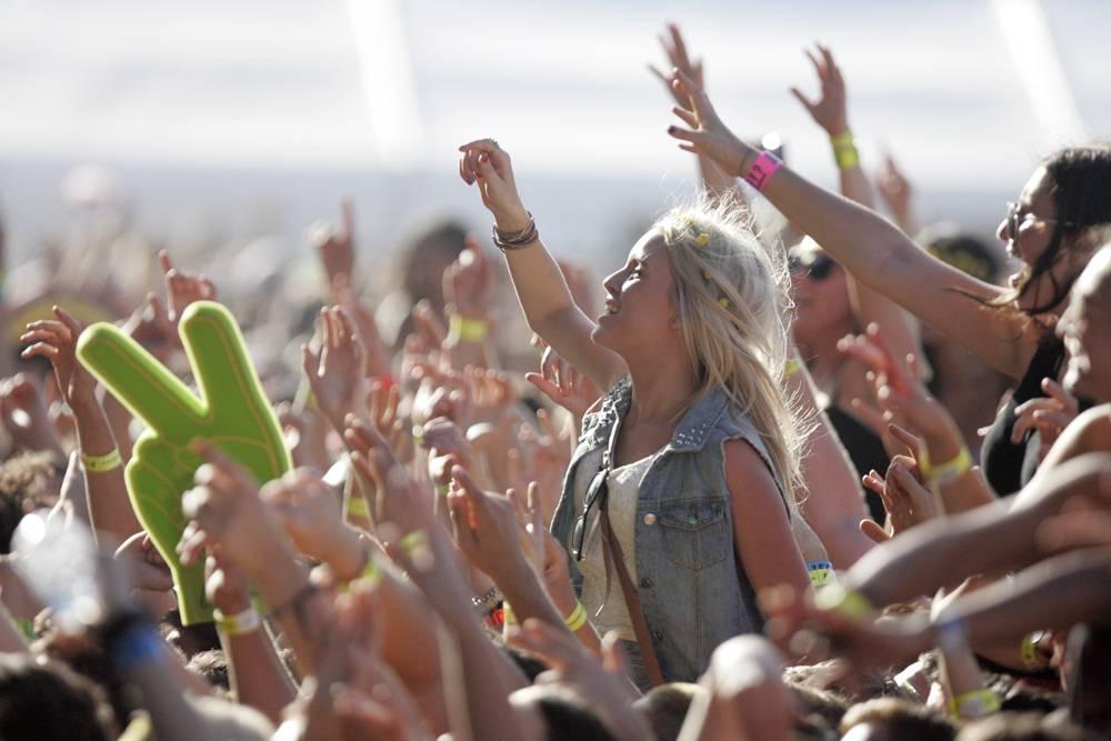 Qué llevarse a un festival de música - Público de festival