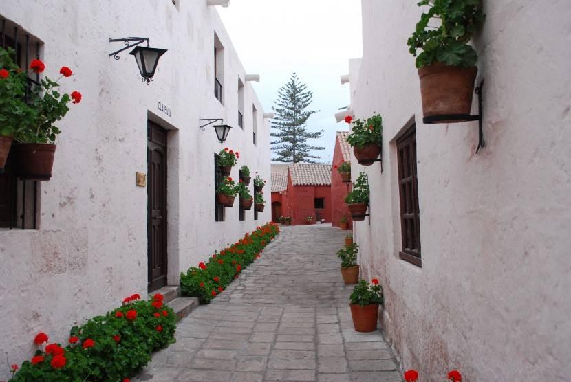 visitar arequipa_monasterio_sillar