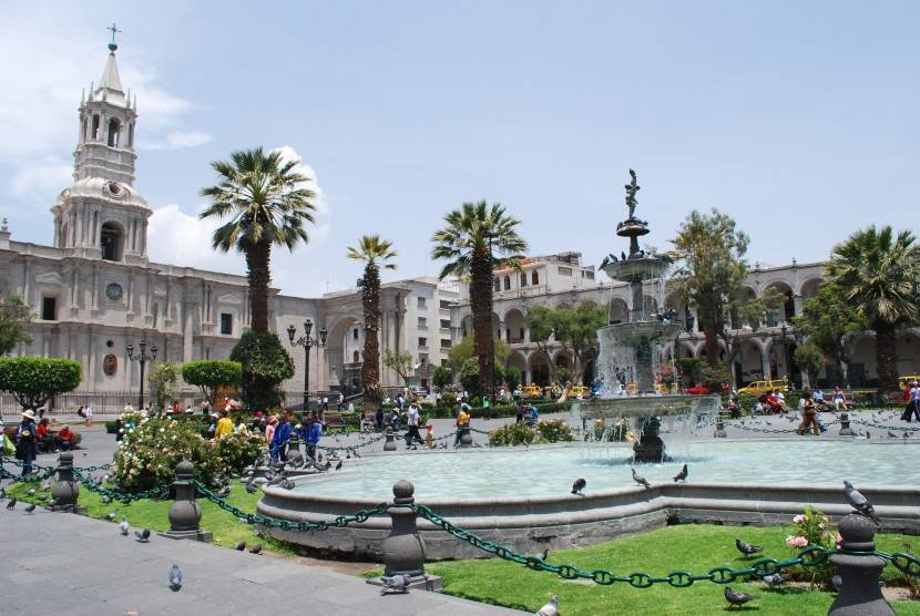 visitar arequipa_plaza y catedral
