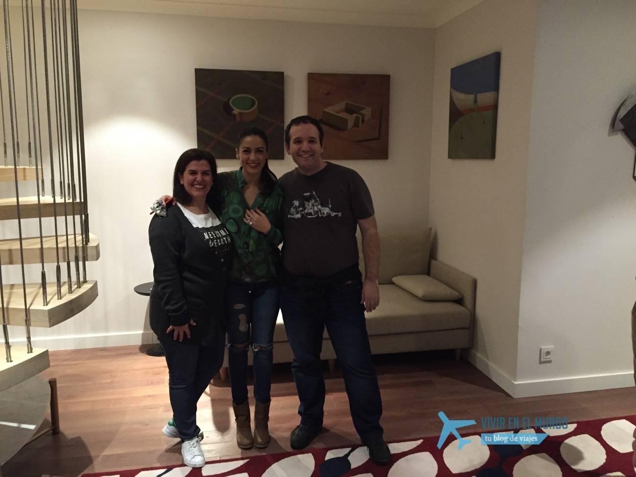 Veronica Perona con David Carrero y Antonia Gonzalez