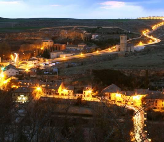 Segovia en Semana Santa: via crucis