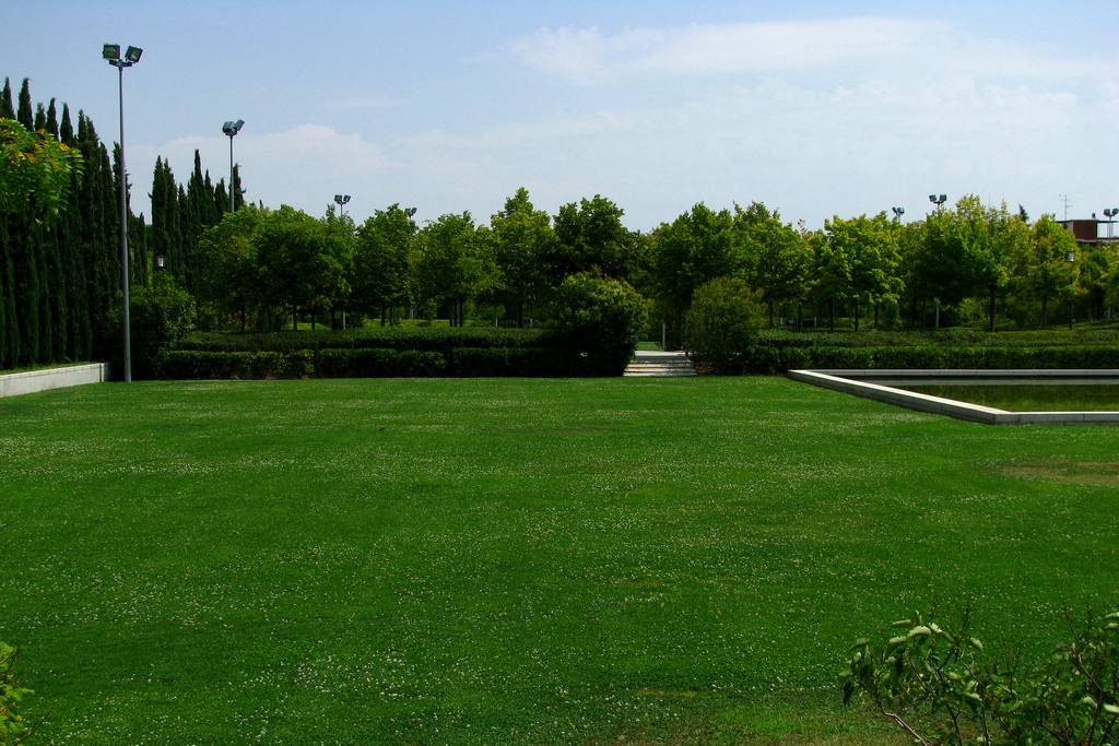 parques para correr en madrid: canal isabel ii
