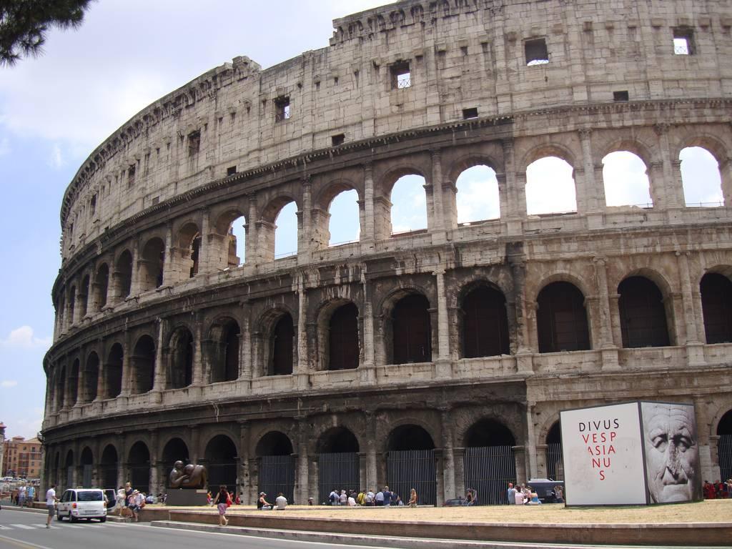 viaje a roma de 3 días: coliseo