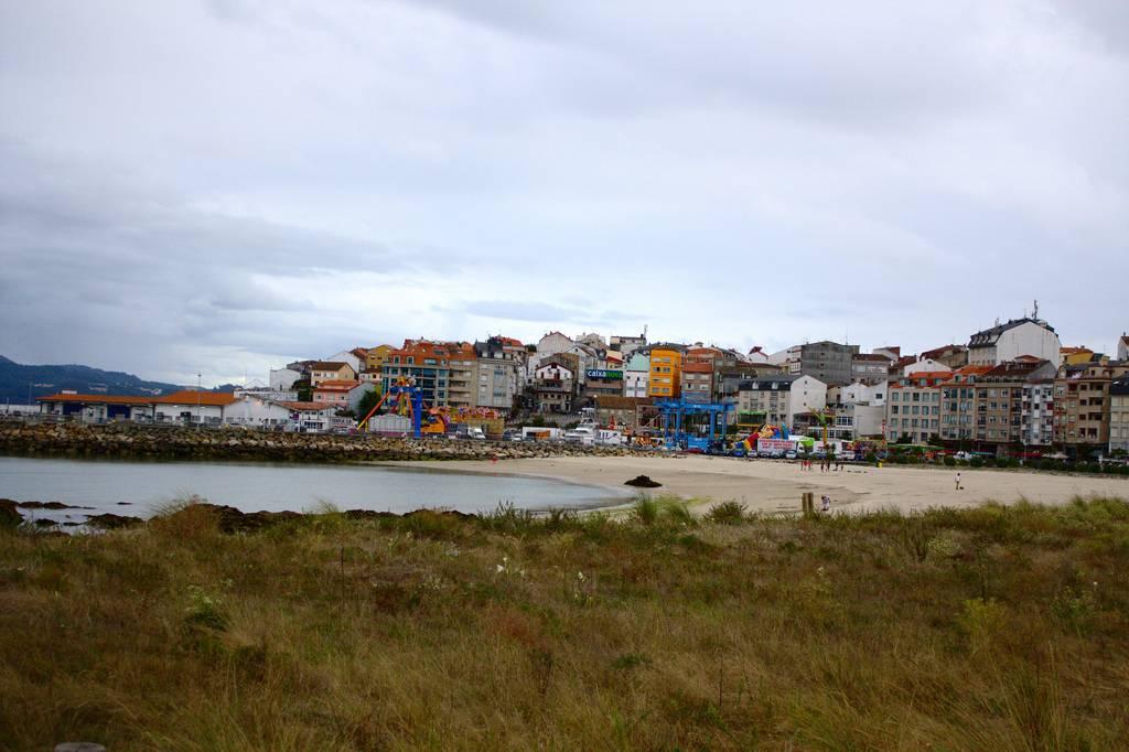 percebes en galicia: portonovo
